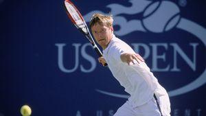 Самый титулованный теннисист в истории России Евгений Кафельников поздравил США с Днем независимости
