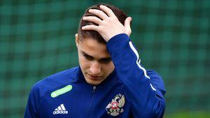 Захарян не полетит со сборной России на сбор в Австрию