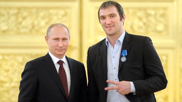 Овечкин— лидер «Единой России», Панарин— новый Навальный? 5 русских хоккеистов, которые могут пойти вполитику