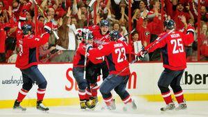 Американцы выбрали 5 лучших голов Овечкина. Хет-трик «Питтсбургу» илегендарный гол лежа: видео
