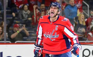 Овечкин провел 1000-й матч в НХЛ. В юбилейной игре Малкин чуть не подрался с Кузнецовым