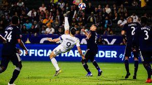 Ибрагимович забил чумовой гол через себя. И он круче, чем финал Лиги чемпионов