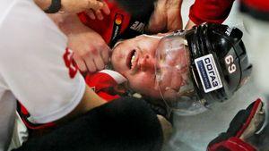 В КХЛ десятки зараженных коронавирусом, команды снимаются с турниров. Причина в пофигизме игроков и честных тестах