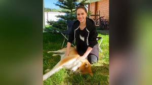 Собака Загитовой Масару рассмешила Алину. Фигуристка хотела снять с ней ролик: видео