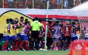 В Бразилии судья удалил 10 игроков. Такого еще не было