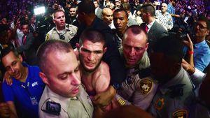 «Если ячемпион UFC, томогу позвонить Путину? Люди тупые». Хабиб готов драться сФергюсоном 18апреля