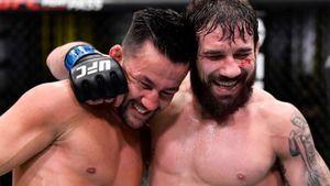 Бой Ривера — Муньос признан лучшим на турнире UFC Vegas 20, Лоуренс получил бонус за выступление вечера