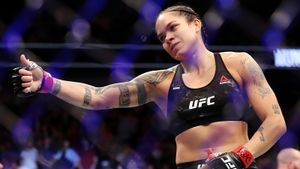 Чемпионку UFC Нуньес называют самой опасной женщиной планеты. Но у нее не получается стать звездой