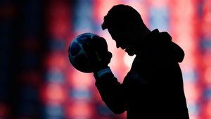 Болельщик «Реала» или сын вратаря «Спартака». Кто заменит Акинфеева в Лиге чемпионов