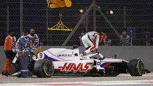 Русский новичок Ф-1 Мазепин проехал 2,5 поворота, Ферстаппен отдал победу Хэмилтону. Как начался сезон в Формуле-1