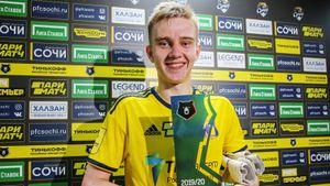 Как изменилась жизнь вратаря-школьника из Ростова после одного матча: интерес в Европе, спонсоры, народная любовь