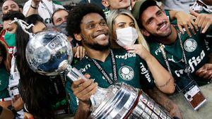 Развод с русской женой не помешал лучшему сезону экс-спартаковца Адриано: взял Кубок Либертадорес и вошел в историю