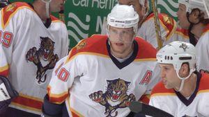 Эффектный гол русского хоккеиста Буре в США. 20 лет назад он обманул великого защитника Лидстрема: видео