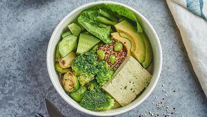 Вкусное и здоровое меню для тех, кто сидит дома: рецепты на день
