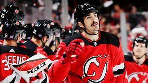 Победивший рак хоккеист забил гол в день борьбы с этой страшной болезнью. Трогательная история в НХЛ