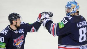 «Магнитка» должна наконец-то расстаться с легендами КХЛ. Мозякин и Кошечкин мешают перестройке