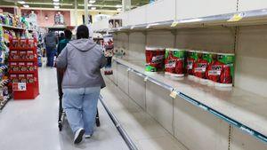 Георгиев показал, как паника из-за коронавируса влияет наскупку товаров всупермаркетах США