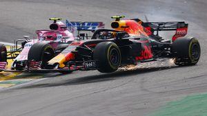 Дичь вФормуле-1: отстающий накруг гонщик вынес страссы лидера. После заезда тот полез вдраку