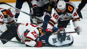 «Авангард» обыграл «Металлург» и вышел в финал Восточной конференции КХЛ