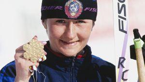 Елена Вяльбе — лучшая лыжница 20-го века. Она ушла из спорта в 29, а сейчас делает свой вид спорта лучшим в России