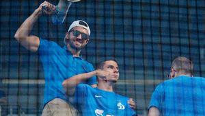 «Назначили время, все засекречено». Как футболист Морозов ездил на драку фанатов и почему он с детства за «Динамо»