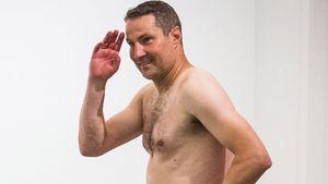 Главный тренер «Антверпена» пришел на пресс-конференцию после выхода в группу Лиги Европы без одежды