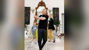 Плющенко показал танец с женой и сыном под Destination Calabria: видео