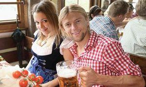 Бывшая жена Тимощука обвинила тренера «Зенита» в изменах с сотрудницей клуба: «Водил ее к нам в дом»