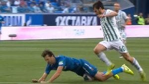 Экс-арбитр ФИФА оценил скандальное удаление капитана «Ахмата» в матче с «Зенитом»