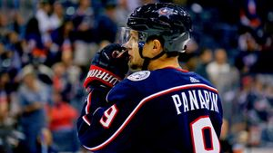 Русская звезда НХЛ отказалась выходить налед зачас доматча. Травма или шантаж— что это было?