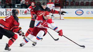Россия наказала Канаду за грязную игру. 17-летний гений казнил «Кленовых листьев» на их земле