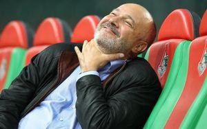 Семин призвал Кикнадзе уйти в отставку после неприличного жеста в адрес болельщика «Локомотива»
