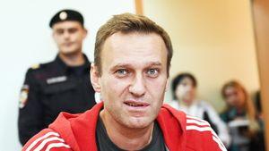 «Ввели какое-то крепостное право». Навальный заступился за раскритиковавшего власть вратаря «Крыльев Советов»