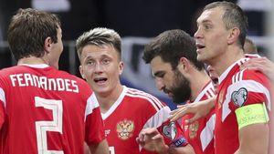 Футболист сборной России по ошибке выбросил около 2 млн рублей
