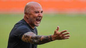 «Он похож на человека, пришедшего в паб подраться». «Локо» протестирует один из самых жестких тренеров— Сампаоли