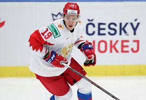 Боднувший американца вматче МЧМ хоккеист сборной России получил дисквалификацию: видео