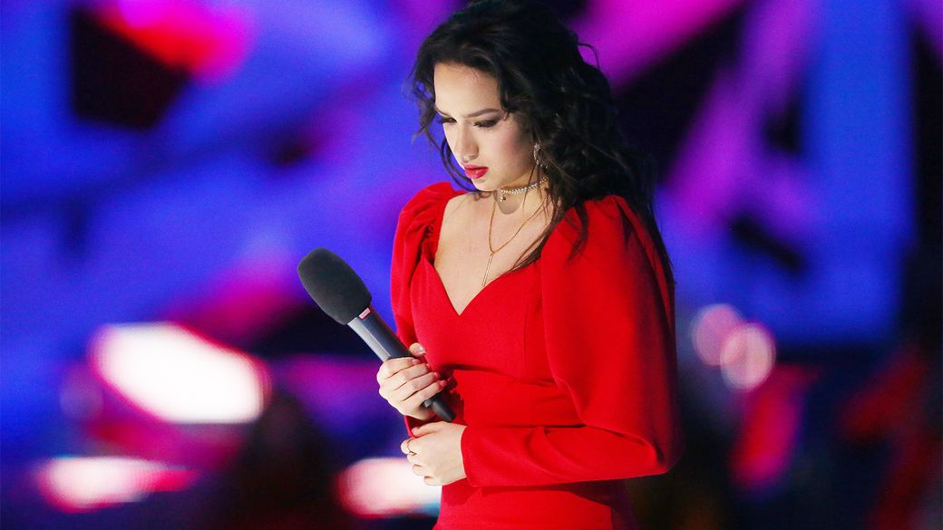 """«Работаю над """"московской"""" речью». Загитова ответила Лайшеву, сказавшему, что у Медведевой дикция лучше"""