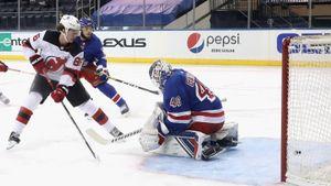 19-летний американец затмил Панарина и других русских. Хьюз тащит «Нью-Джерси» и в одиночку обыграл «Рейнджерс»