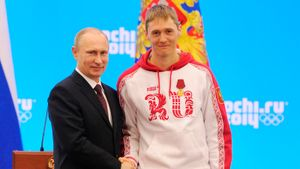 Самый быстрый лыжник вистории России завершил карьеру. Пять лучших его гонок (видео)