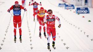 Клэбо победил сильнейших россиян на финише масс-старта. Но Большунов остался лидером «Тур де Ски»