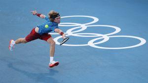 Рублев в двух сетах проиграл Нисикори на старте олимпийского турнира в Токио