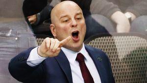 «Это было ужасно и больно». От работы в НХЛ до клуба анонимных алкоголиков — история канадского тренера Монтгомери