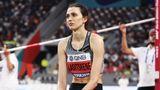 Олимпийская чемпионка Ласицкене посетила матч ЦСКА— «Ахмат» и нанесла первый удар по мячу
