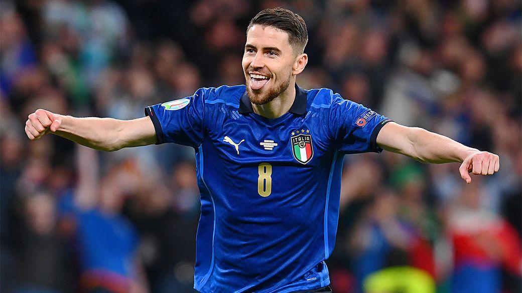 Жоржиньо признан УЕФА лучшим игроком сезона-2020/21