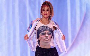 Аргентинская модель на конкурсе «Мисс Вселенная» вышла на сцену в образе Марадоны: видео