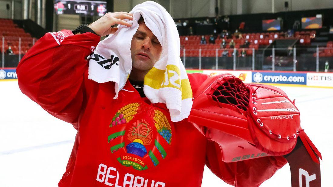 Это как писать в штаны. Зачем хоккейным сборным Белоруссии и Казахстана столько натурализованных иностранцев