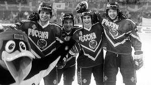 Как сложились судьбы хоккеистов, выигравших для России первое золото чемпионата мира. Их истории 27 лет спустя