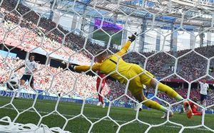 Панама пыталась забить гол, пока Англия праздновала взятие ворот. Это вообще законно?