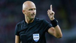 Российские судьи воглаве сКарасевым назначены наматч 1/16 финала Лиги Европы