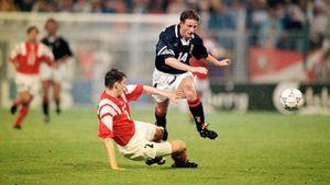 Как наши трезвые футболисты проиграли пьяным шотландцам. Скандальный вылет с Евро-1992